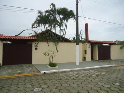 Excelente Casa De Praia, Para Você E Seus Familiares A 300 M