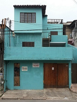 Casa - Renda - Alugar - Ou Morar - 03 Casas No Mesmo Terreno