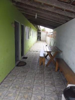 Aluga-se Casa Para Temporada Em Ilha Comprida/sp