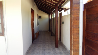 Casa, 2q, 2 Banheiros, Garagem, + 1 Cômodo.
