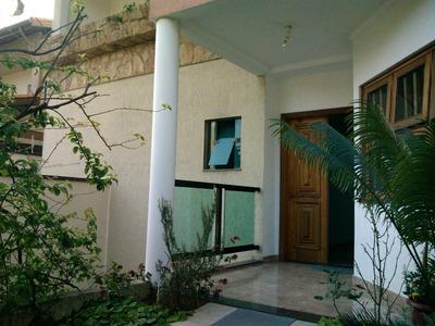 Casa Terrea Com Edicula Rua Sem Saida