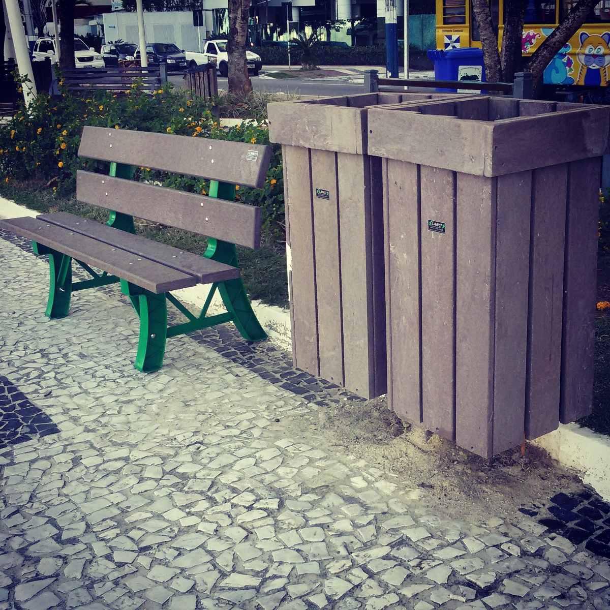 Banco De Jardim Em Madeira Plástica R$ 399 00 em Mercado Livre #836B33 1200x1200