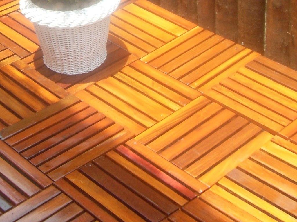 Estrado Deck Madeira (mad. Lei Reciclada) 30 X 30 Vernizado R$ 9 99  #C98502 1024x768