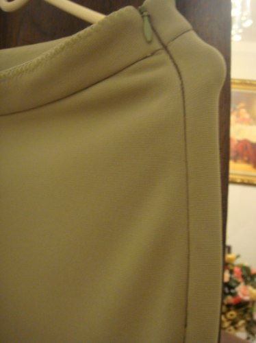 linda calça da andre verde tam. 38 ziper invisivel