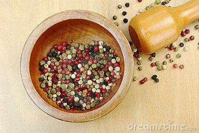 moedor de pimenta e sal grosso grande - em madeira