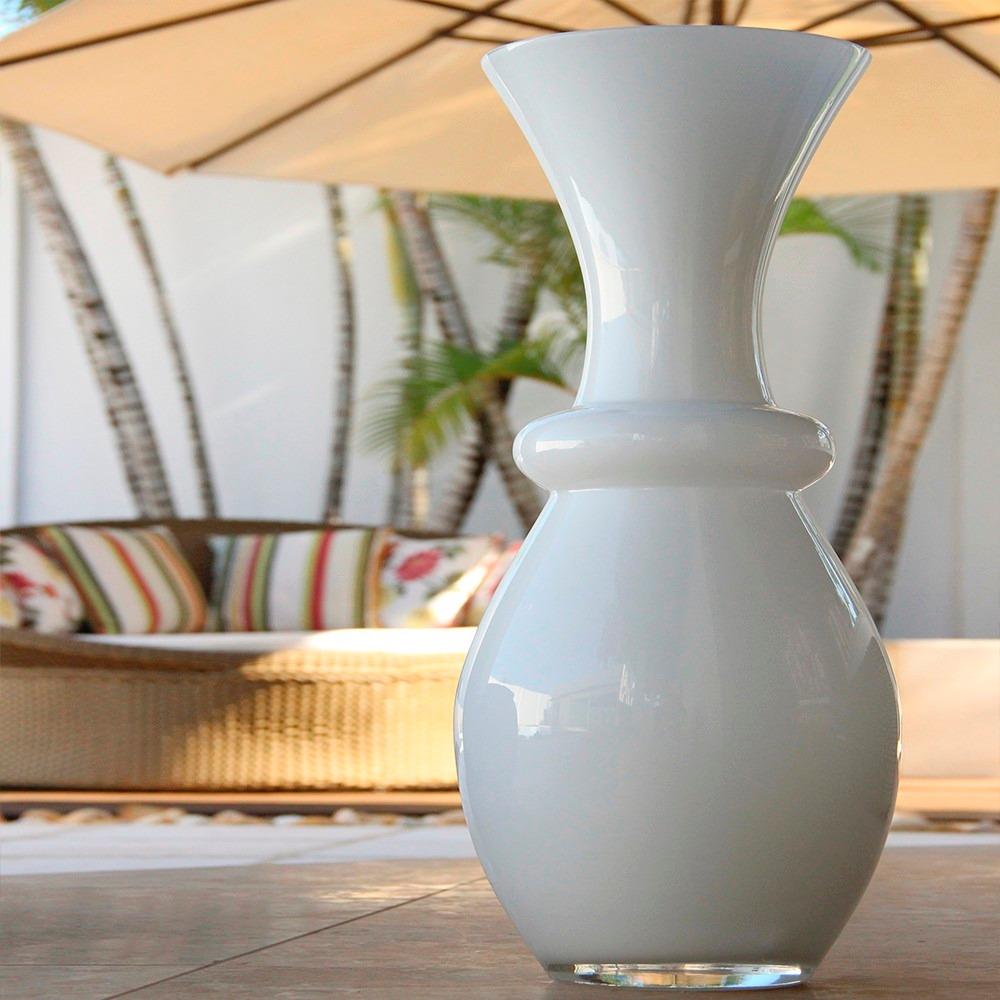 Vaso grande de vidro abaulado branco home com gravata for Vaso grande