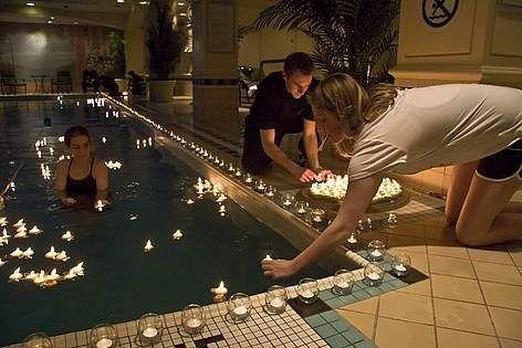 Vela meia bola flutuante para piscina 10 velas 10cm for Velas flotantes piscina